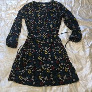 Loft size M  cute dress